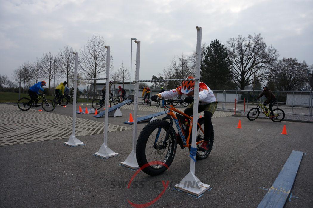 (Deutsch) MTB Fahrtechnik-Kurse: Level 2 - Fortgeschrittene